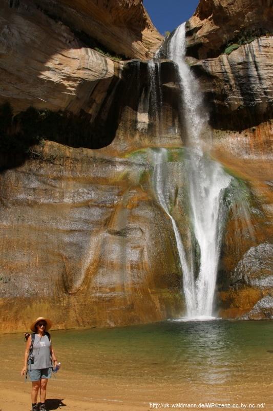 Hike-Lower-Calf-Creek-Canyon-016